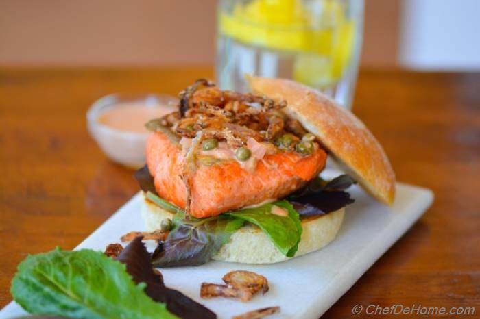 how to make a salmon burger sauce