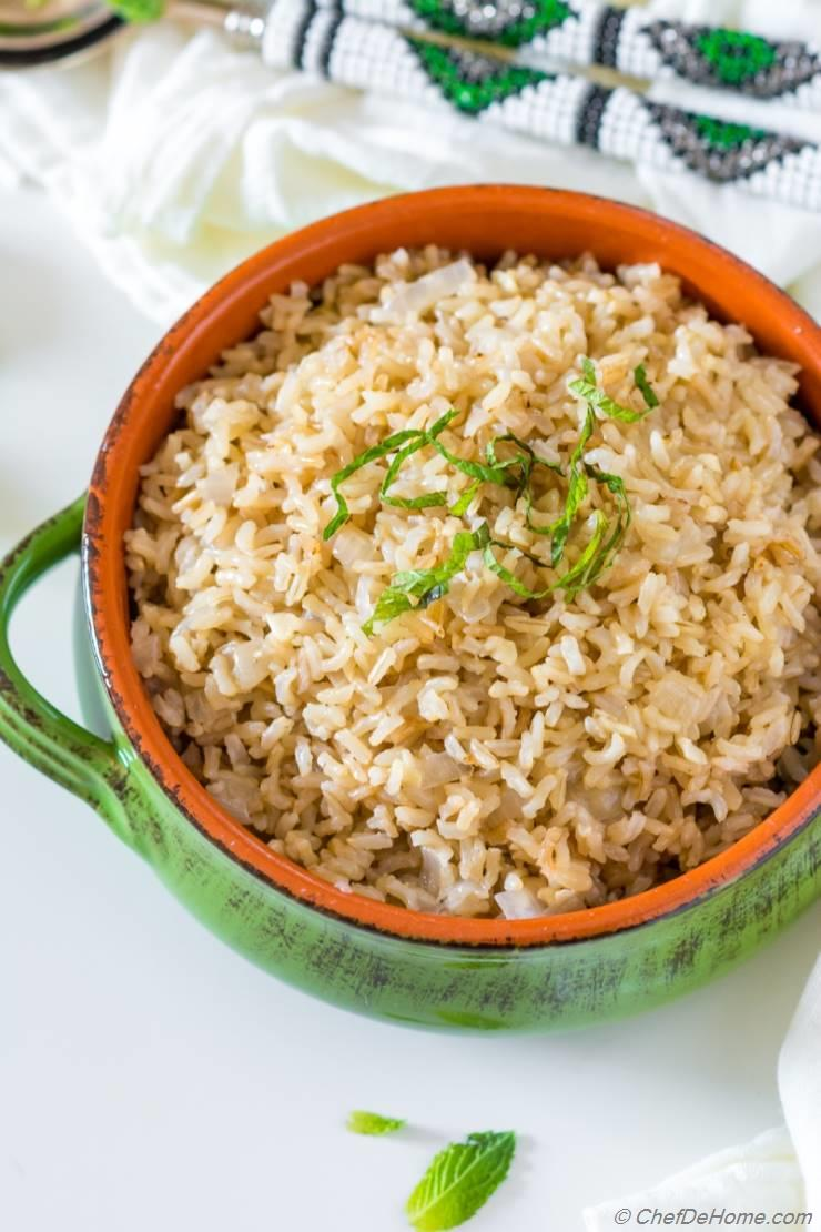 Instant Pot Garlic Brown Rice