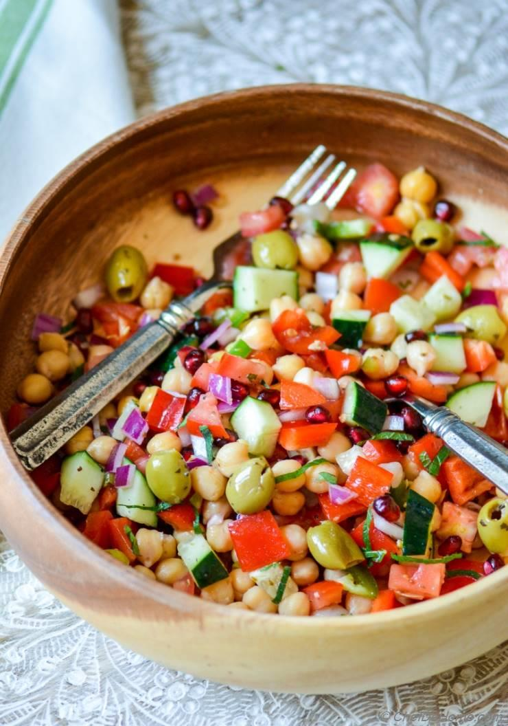 Mediterranean Chickpeas Salad with Herb-Citrus Vinaigrette