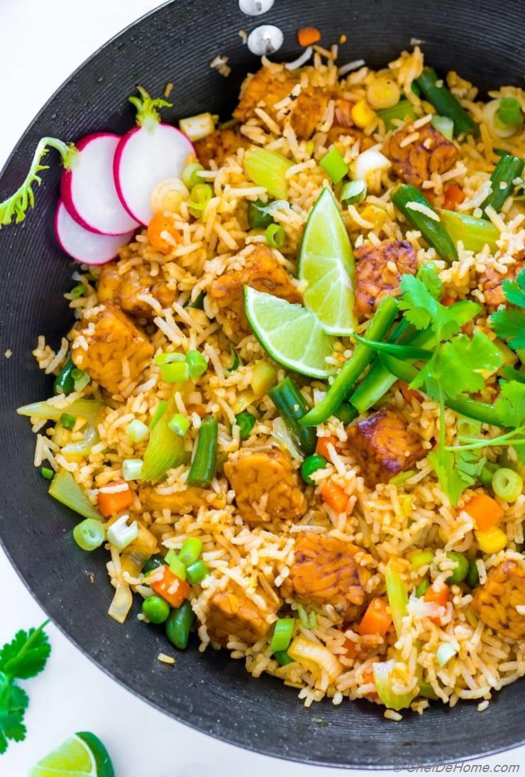 Vegan fried rice with sriracha tempeh recipe chefdehome vegan fried rice with sriracha tempeh ccuart Gallery