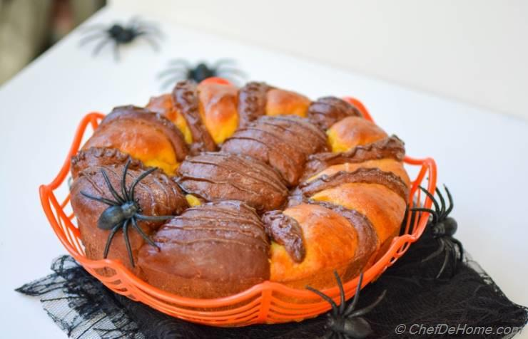 ... home food recipes spider bread this tear and share spider bread recipe