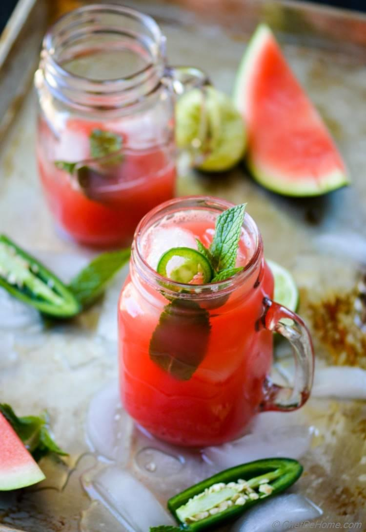 Refreshing No-Alcohol Watermelon and Jalapeno Agua Fresca for Cinco De Mayo Party | chefdehome.com