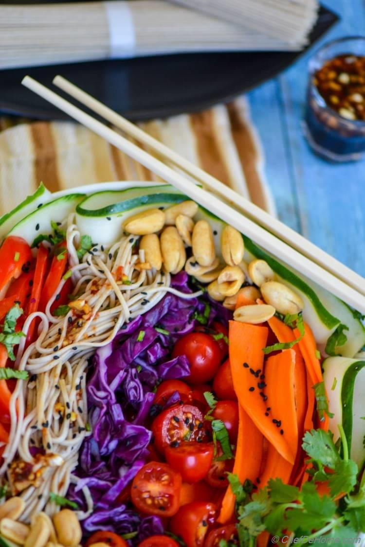 Asian Vegetarian Buckwheat Noodle Salad with Chili Garlic Dressing | chefdehome.com