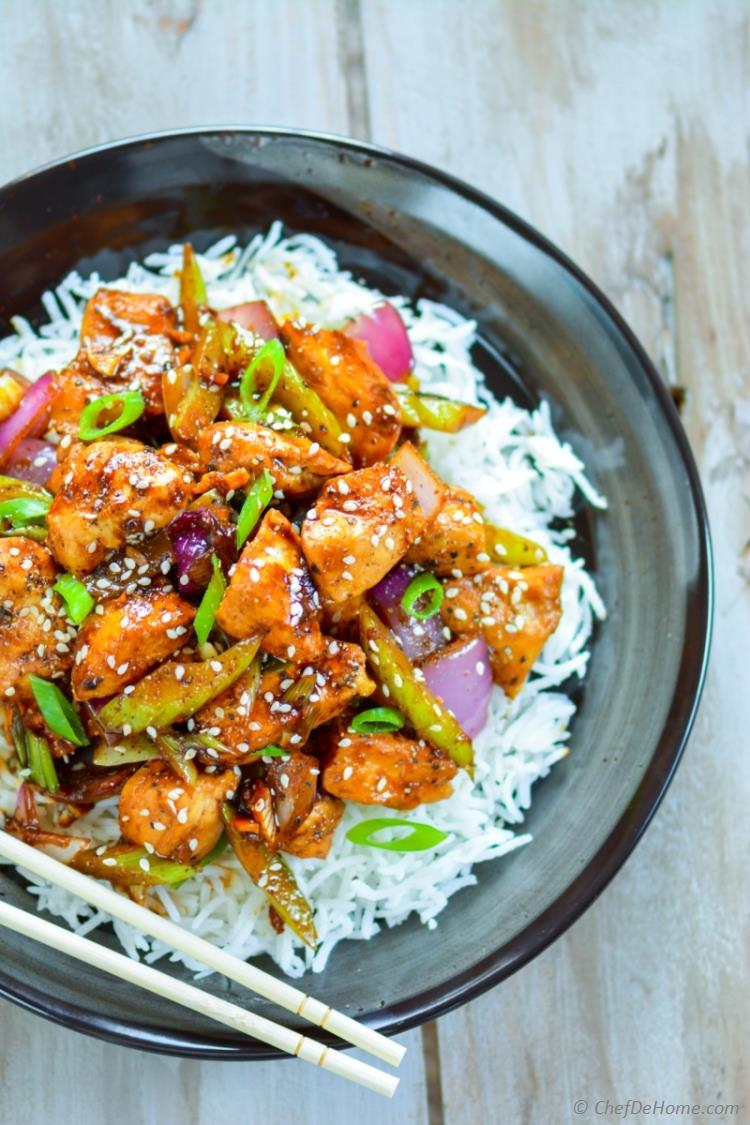 Weekday Chinese dinner at home with easy Black Pepper Chicken stir-fry and rice | chefdehome.com
