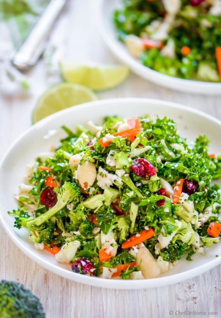 Paleo Broccoli and Cauliflower Detox Salad | chefdehome.com