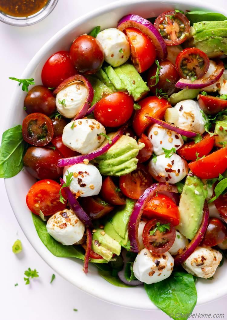 Caprese Cherry Tomato Mozzarella Salad
