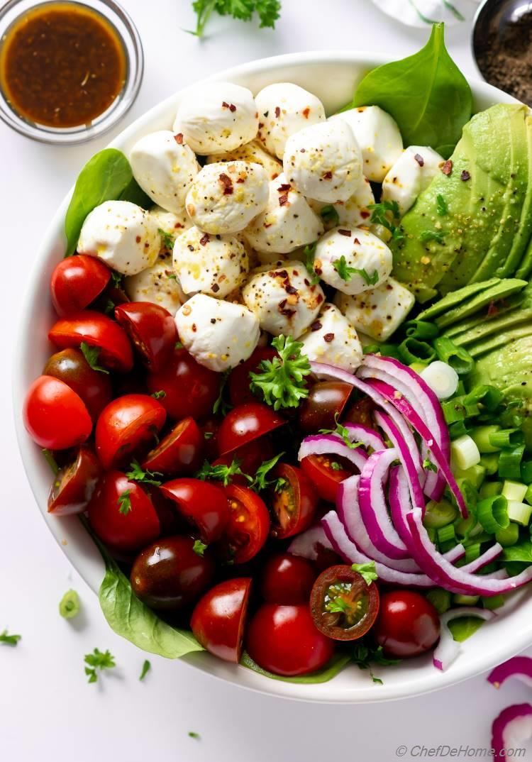 Caprese Tomato Mozzarella Salad