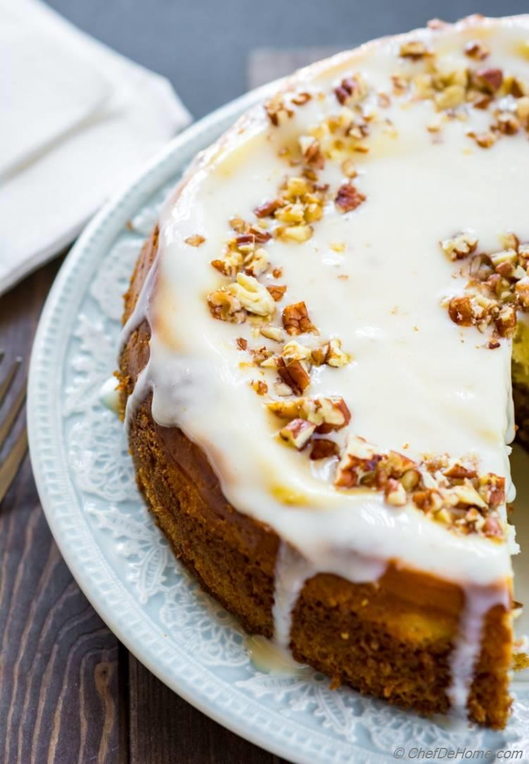 Carrot Cake Cheesecake with moist and warm spiced carrot cake swirl with sour cream cheesecake | chefdehome.com