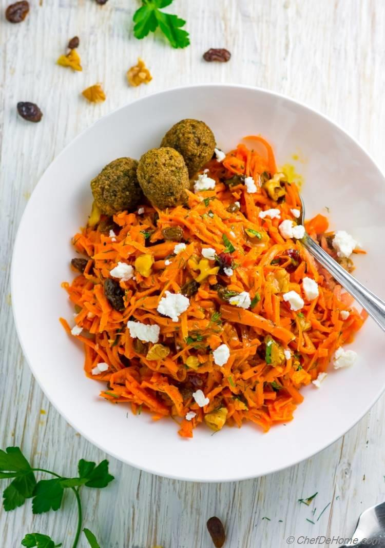 Refreshing Carrot Salad with Moroccan Flavors