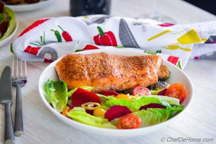 Cedar Smoked Salmon with Lite Beets Salad for a healthy and quick summer grilled dinner | chefdehome.com