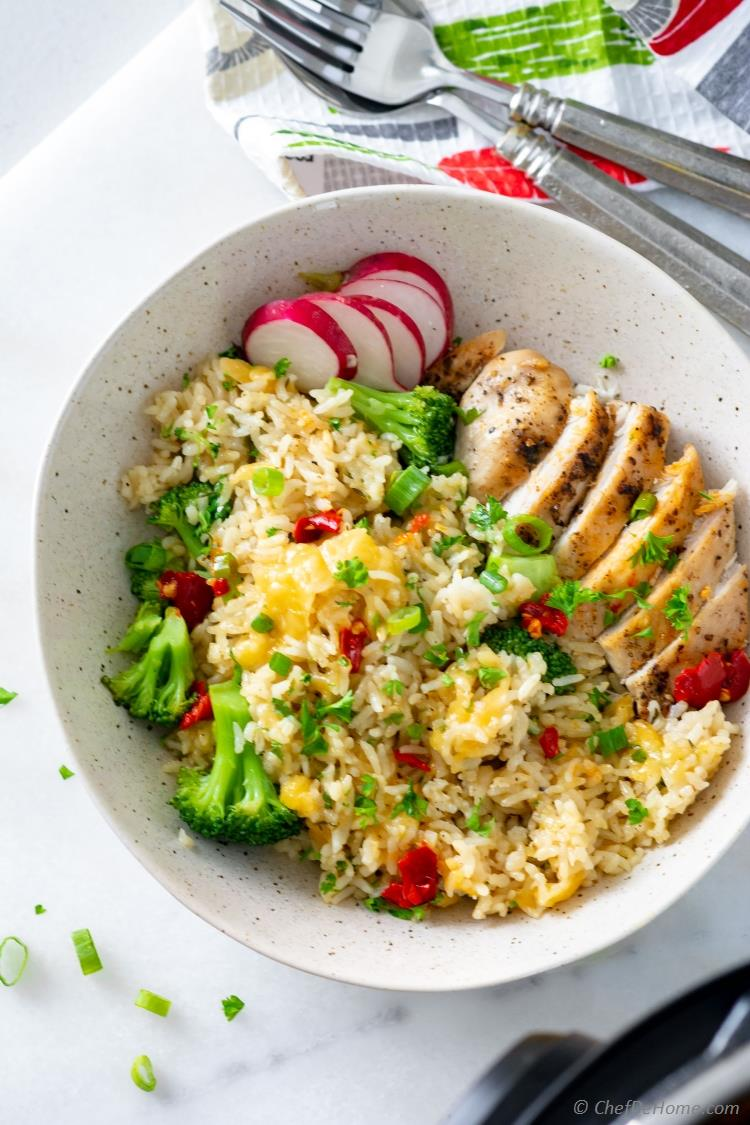 Broccoli Rice with Chicken and Cheddar Cheese