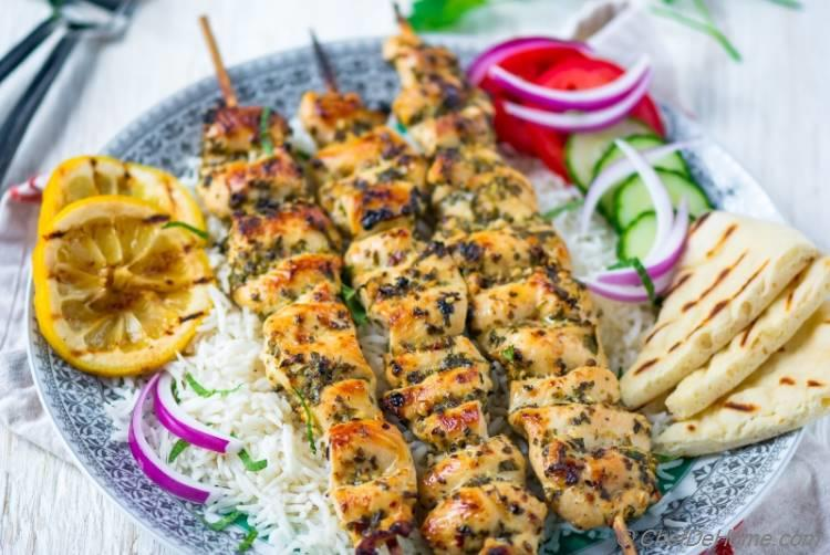 Chicken Souvlaki Recipe | ChefDeHome.com