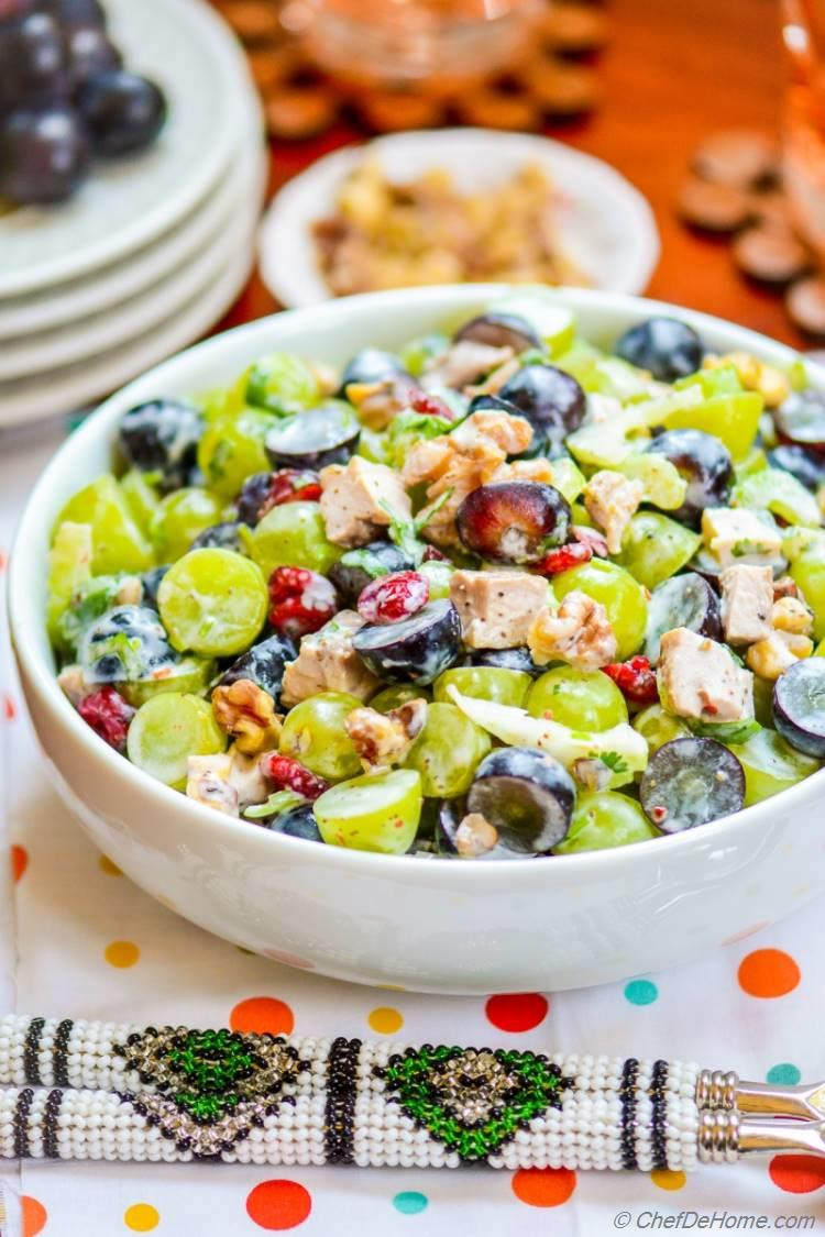 Lite and Fit Low-Carb Fresh Waldorf Chicken Salad tastes like Summer in Bowl | chefdehome.com