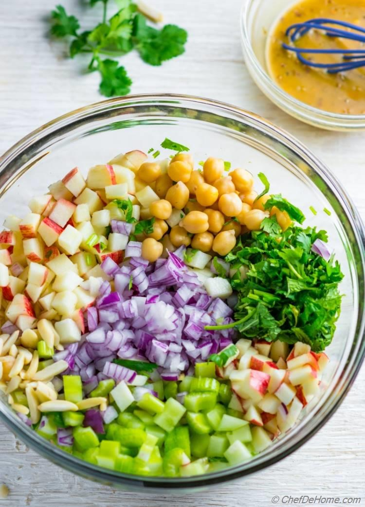 Ingredients for a delicious and healthy Chickpea Salad | chefdehome.com