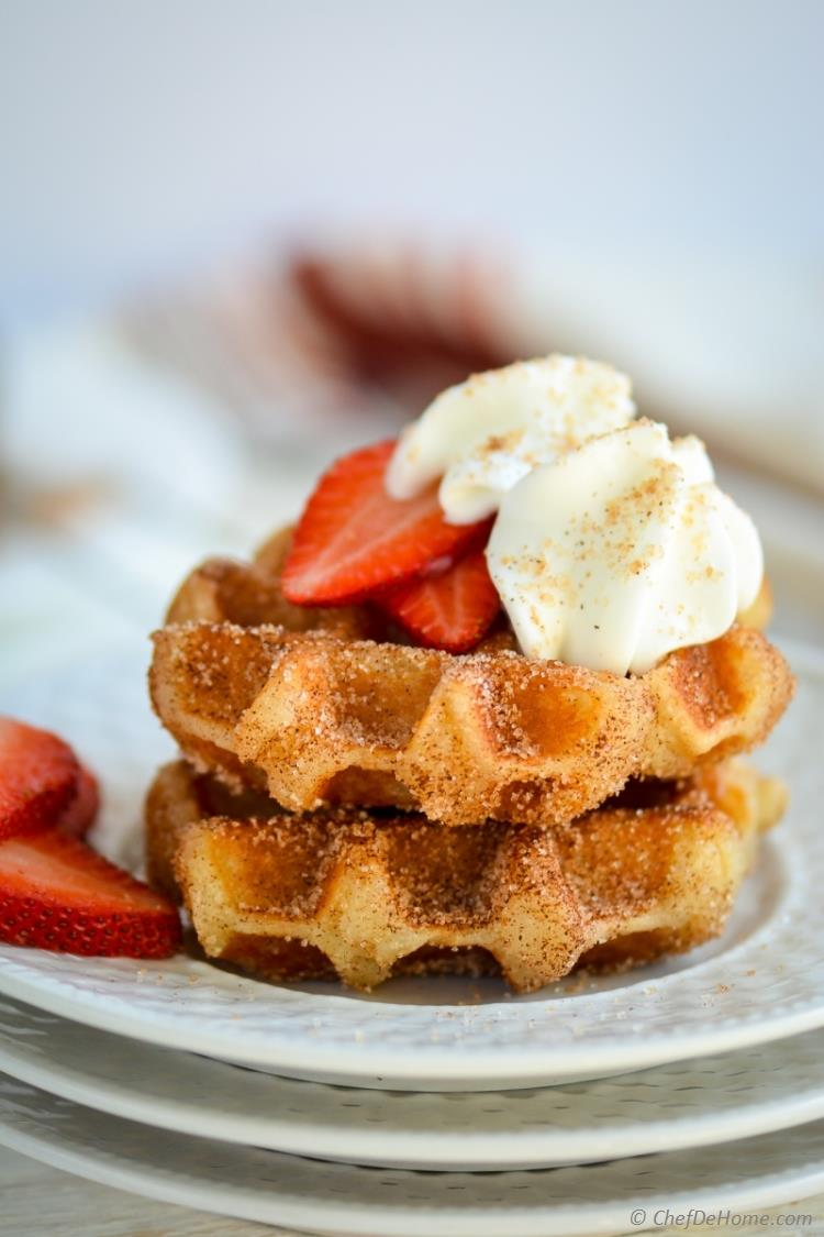 Cinnamon Sugar Waffles for Breakfast | chefdehome.com