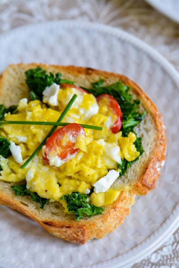 Scrambled Eggs with Goat Cheese and Kale