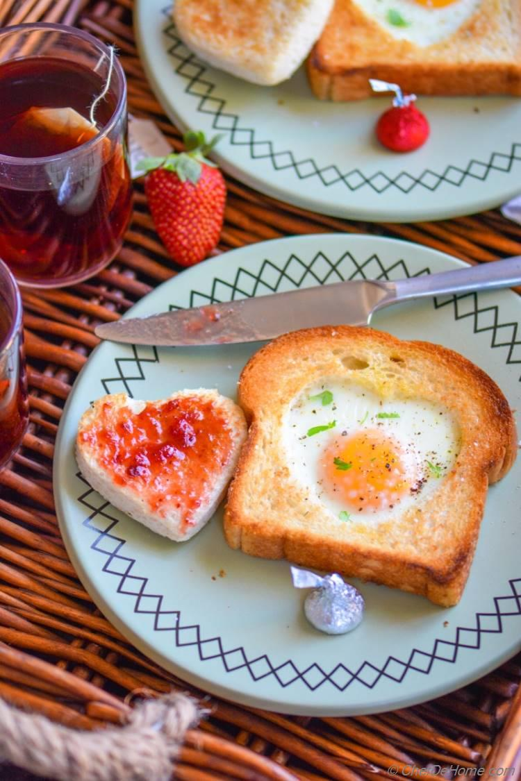 Easy Breakfast for Two on Valentines Day