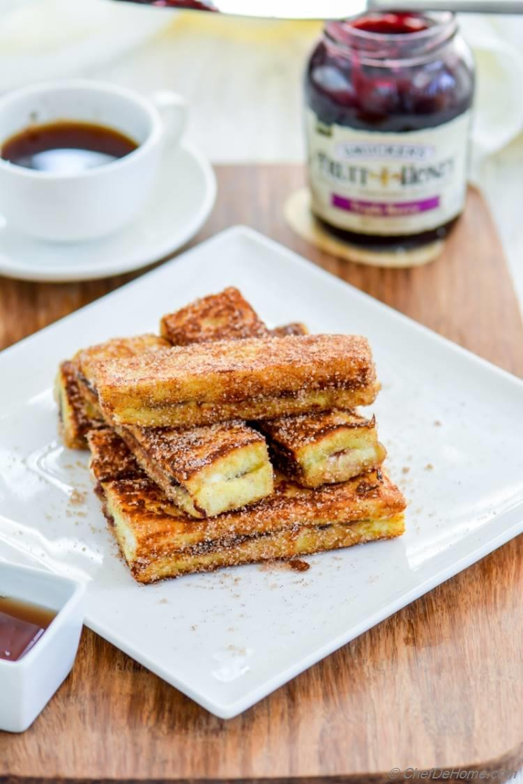 Fruit Spread Stuffed French Toast Sticks Recipe Chefdehome Com