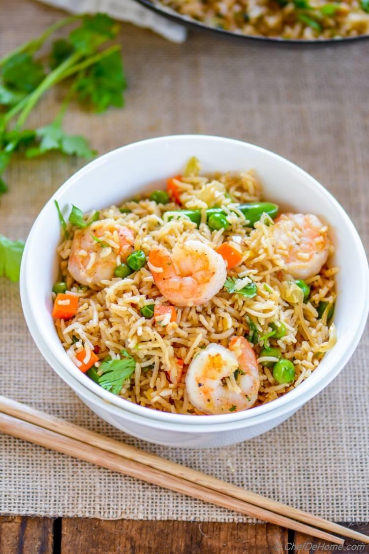 Bowl of Spicy Shrimp Fried Rice ready in 14 minutes | chefdehome.com