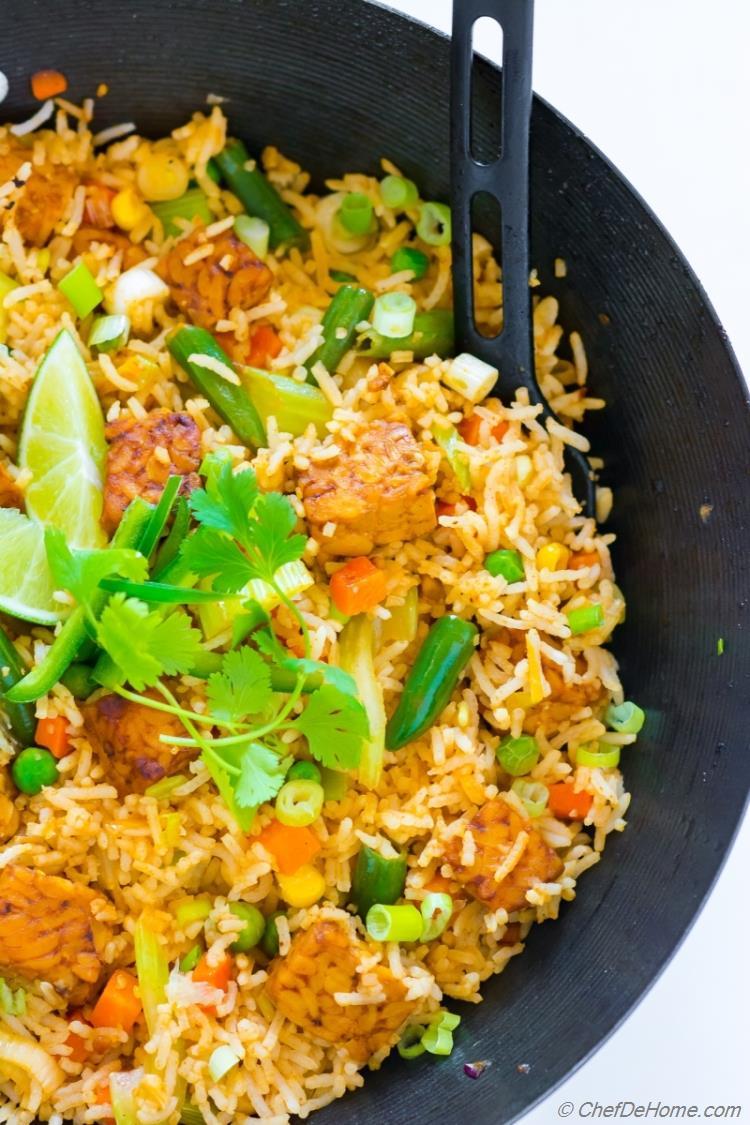 Healthy vegan vegetable fried rice