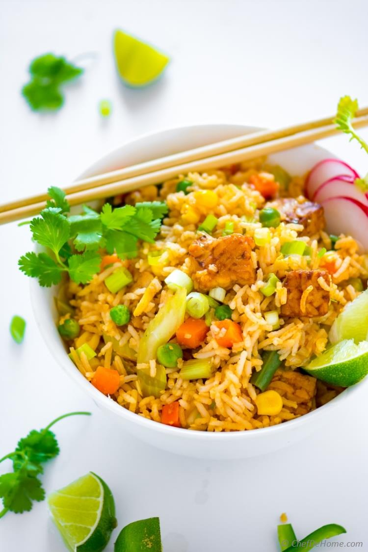 Vegan fried rice with sriracha tempeh recipe chefdehome the best veggie fried rice dinner asian easy ccuart Choice Image
