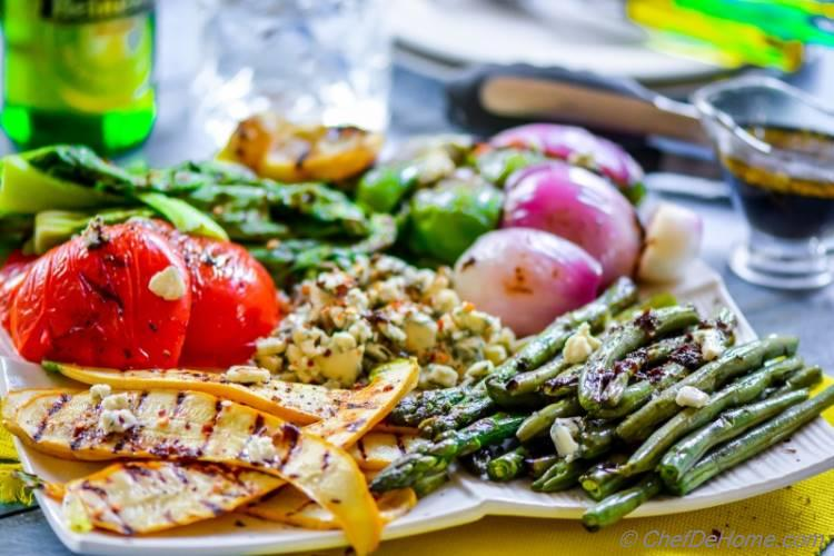 Grilled Vegetables with Blue Cheese and Vegan Balsamic Dressing | chefdehome.com