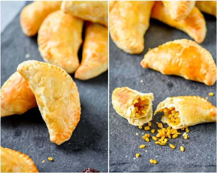 Homemade Baked Mung Lentils Stuffed Empanadas for Snacking On The Go | chefdehome.com