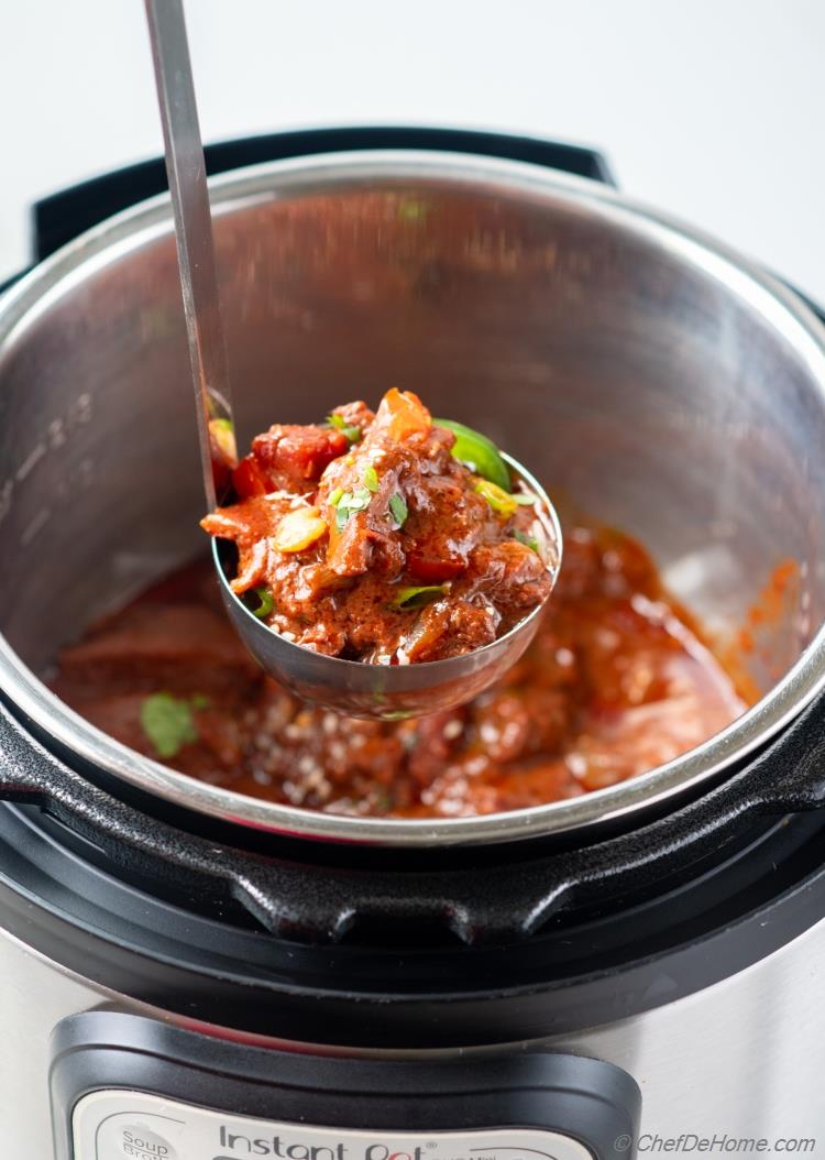 Instant Pot Chicken Mole