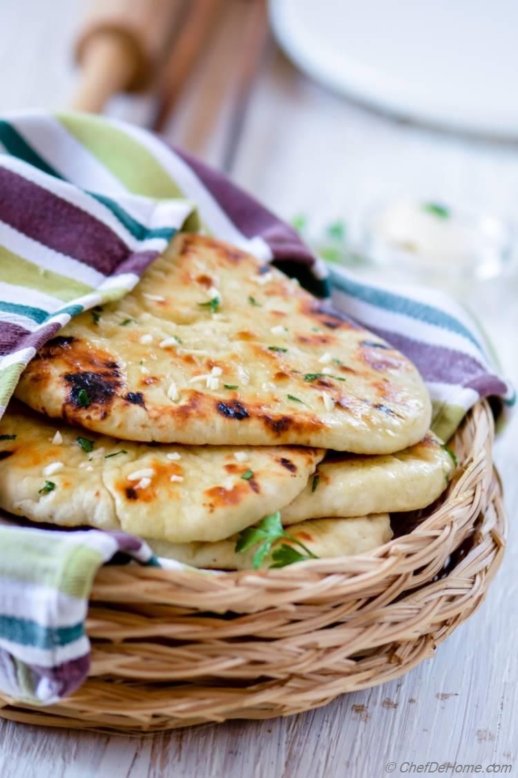 Quick Indian Garlic Naan Bread without yeast for Easy Indian Dinner at Home | chefdehome.com