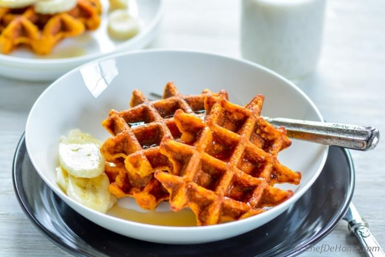 Enjoy a healthy breakfast with Family with waffles made with Whole Grain Oats and Almond Milk | chefdehome.com