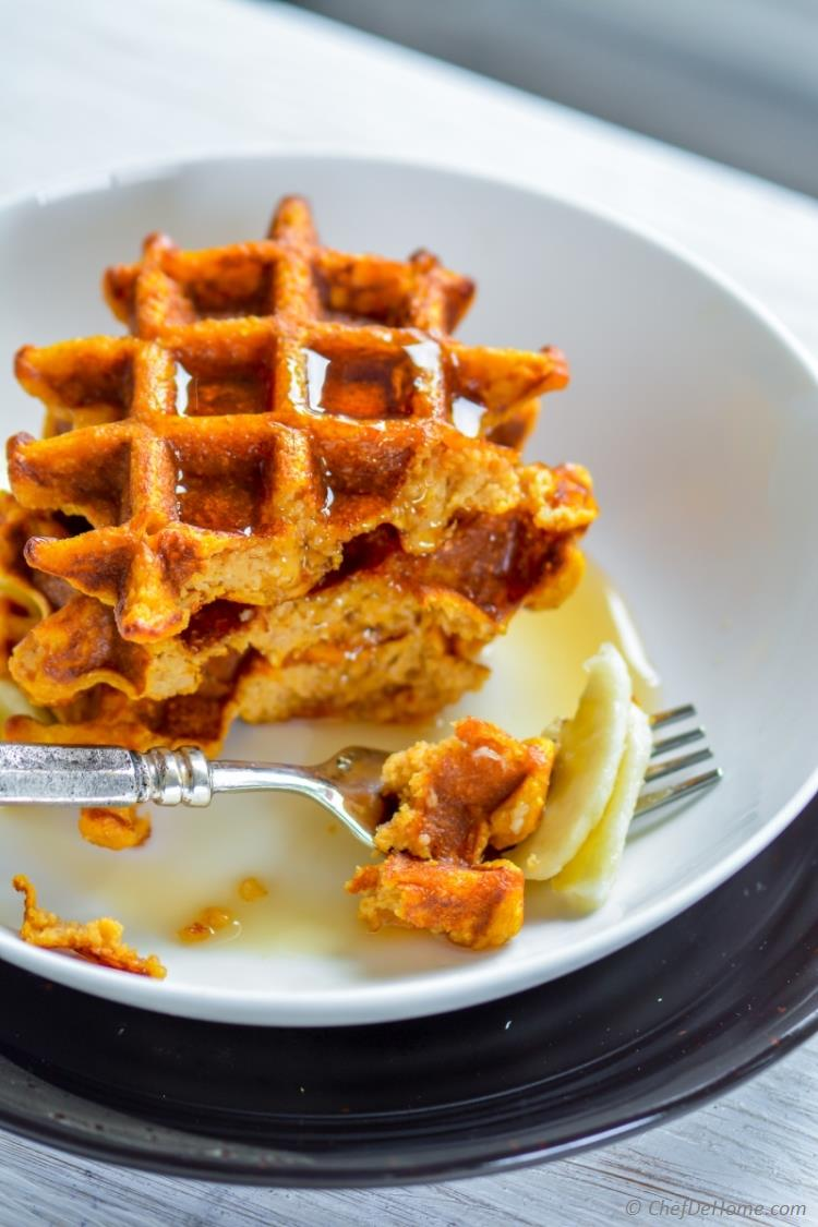 Soft with Crispy Crust These Oats and Sweet Potato Waffles are heart healthy and so delicious | chefdehome.com