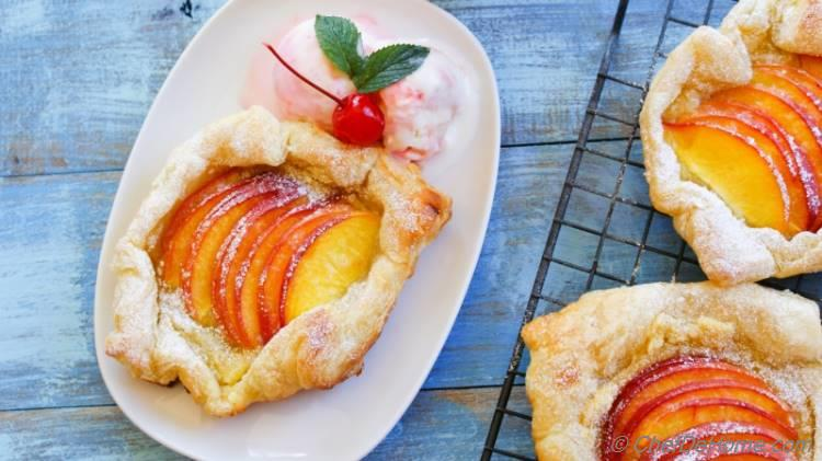 Easy and Summer Favorite Rustic Peach Galettes