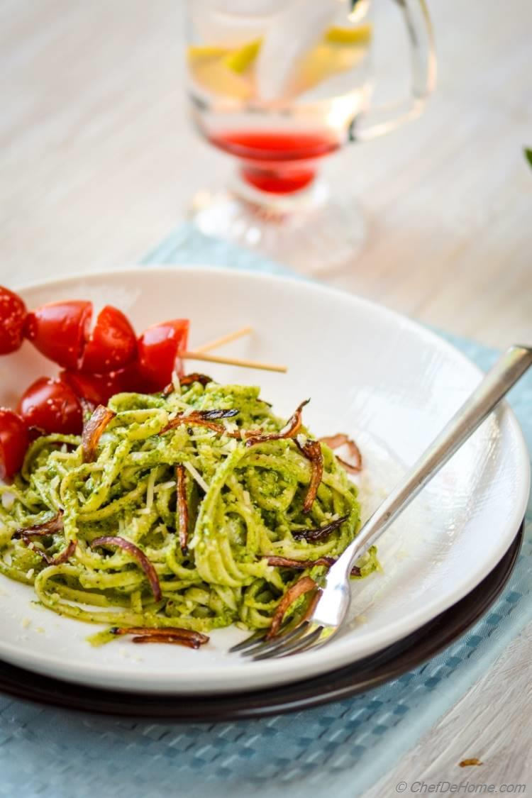 Dinner under 20 minutes with Linguine Pasta coated in Creamy Pesto Sauce | chefdehome.com
