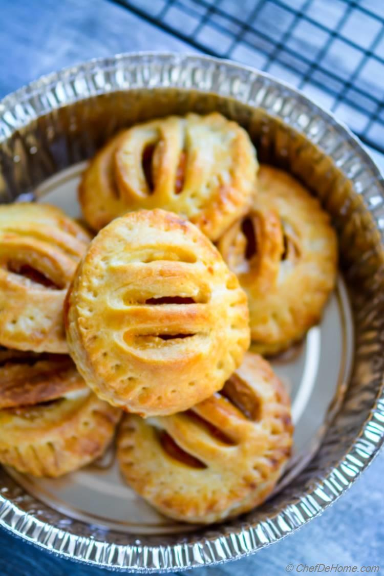 pies made with thanksgiving leftover sweet potato hand pies for easy snack in minutes | chefdehome.com