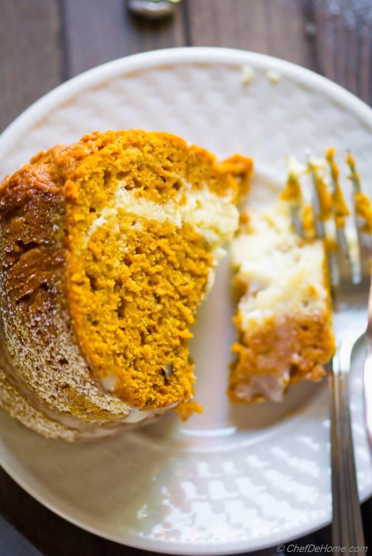Pumpkin Bundt Cake Cheesecake | chefdehome.com