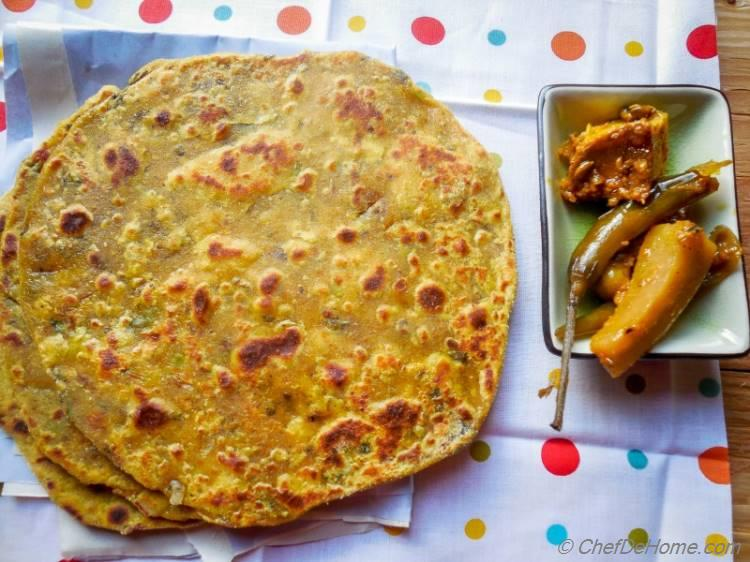 Indian Chickpea Flour Flat Bread with Indian Pickle | chefdehome.com