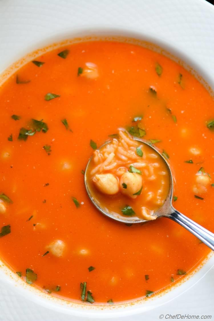 One pot dinner with clear tomato and rice soup