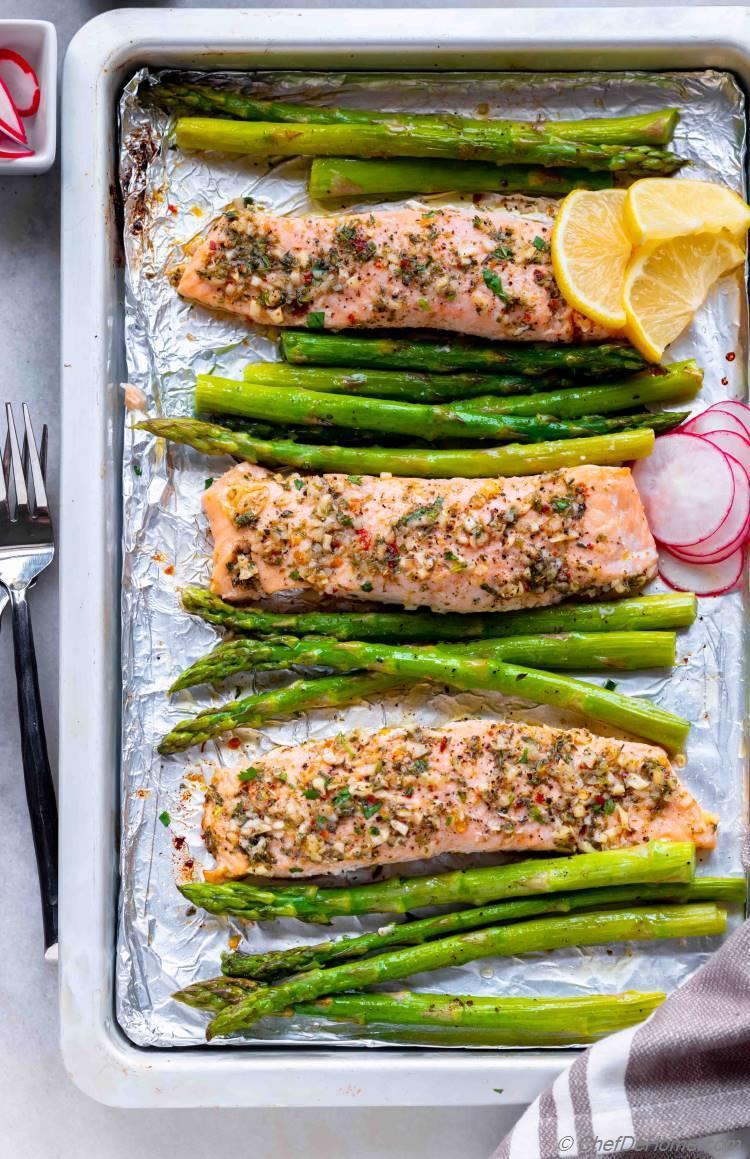 Sheet Pan Roasted Salmon Dinner