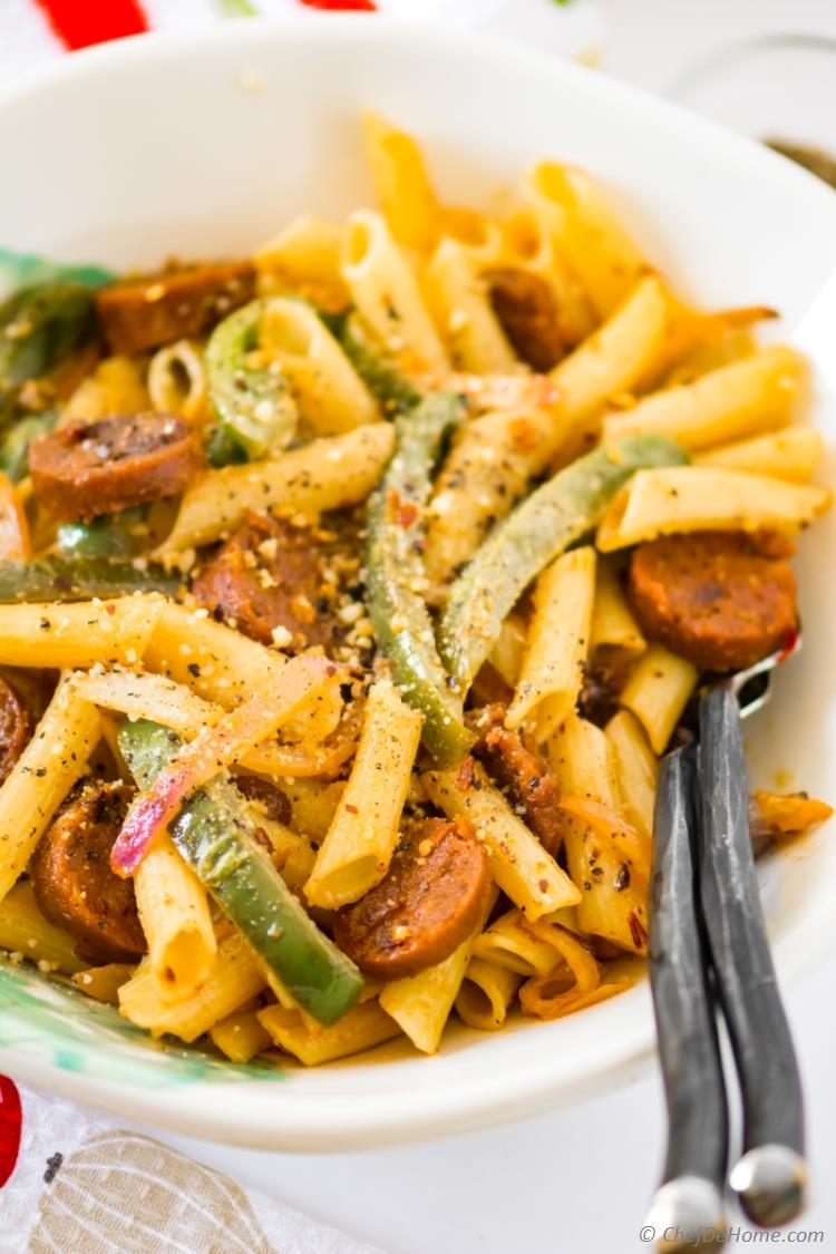 Sausage Peppers and Pasta with chipotle cream sauce | chefdehome.com