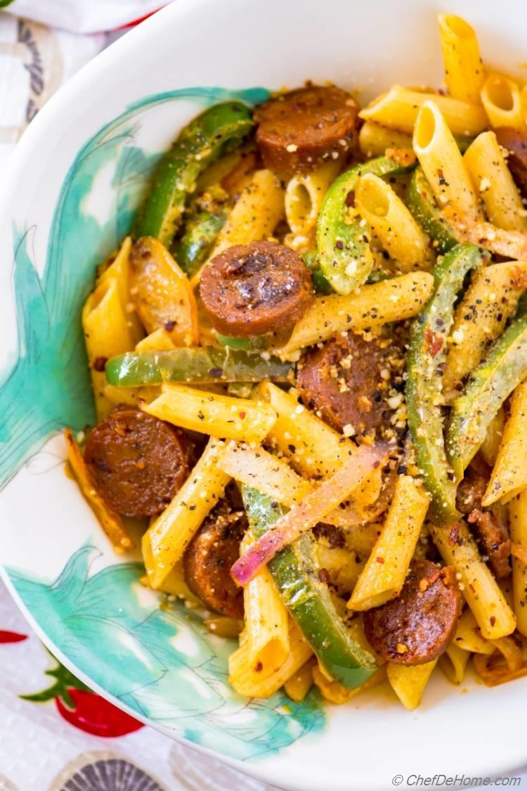 Easy 20 minutes dinner with Sausage Peppers and Pasta