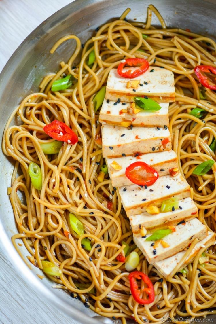 Forget Takeout Make Easy Sesame Chili Garlic Noodles at home | chefdehome.com