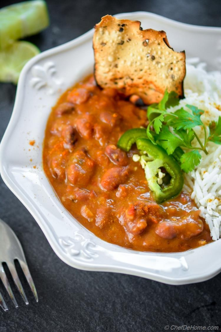 Vegan Creamy Slow Cooker Curry Beans | chefdehome.com