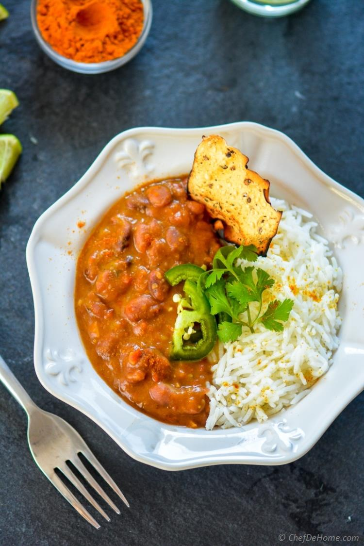 Creamy Vegan Healthy Slow Cooker Curry Beans | chefdehome.com