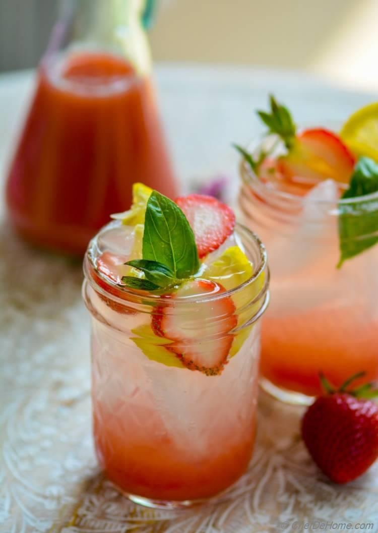 Strawberry Basil Lemonade | chefdehome.com