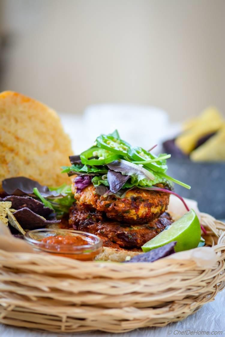 Spicy Southwest Albacore Tuna Burgers | chefdehome.com