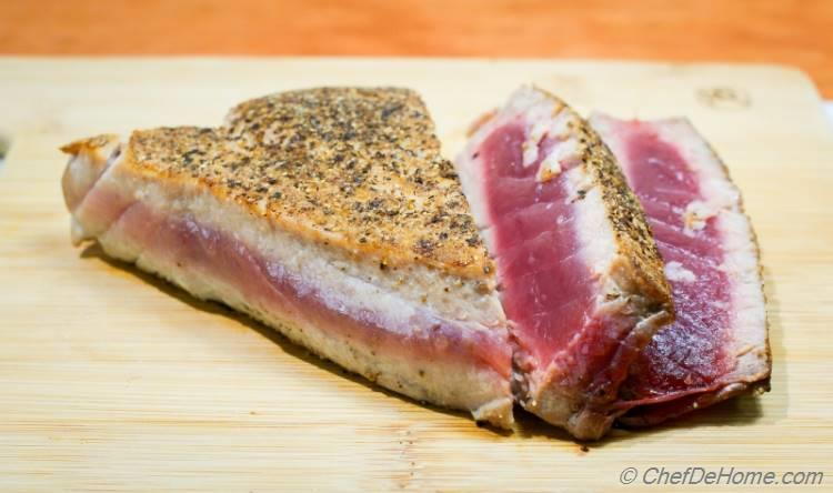 Tuna Seared with Black Pepper Crust for Tuna Salad | chefdehome.com