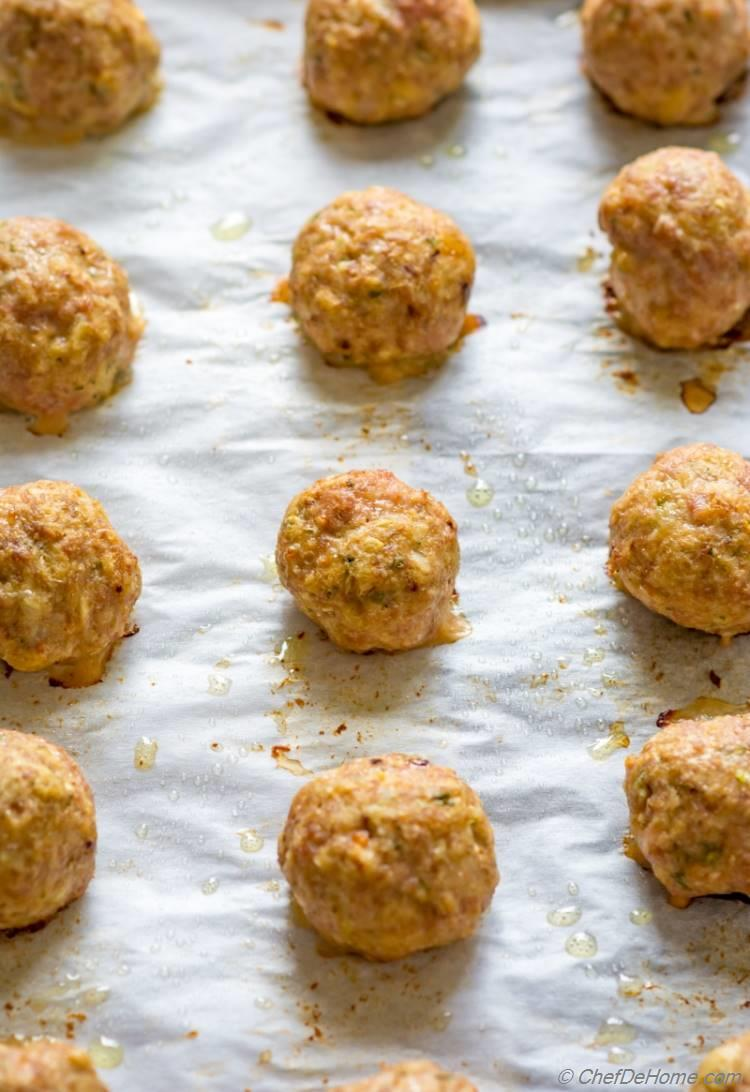 Baked Ground Turkey Meatballs just out of the oven | chefdehome.com