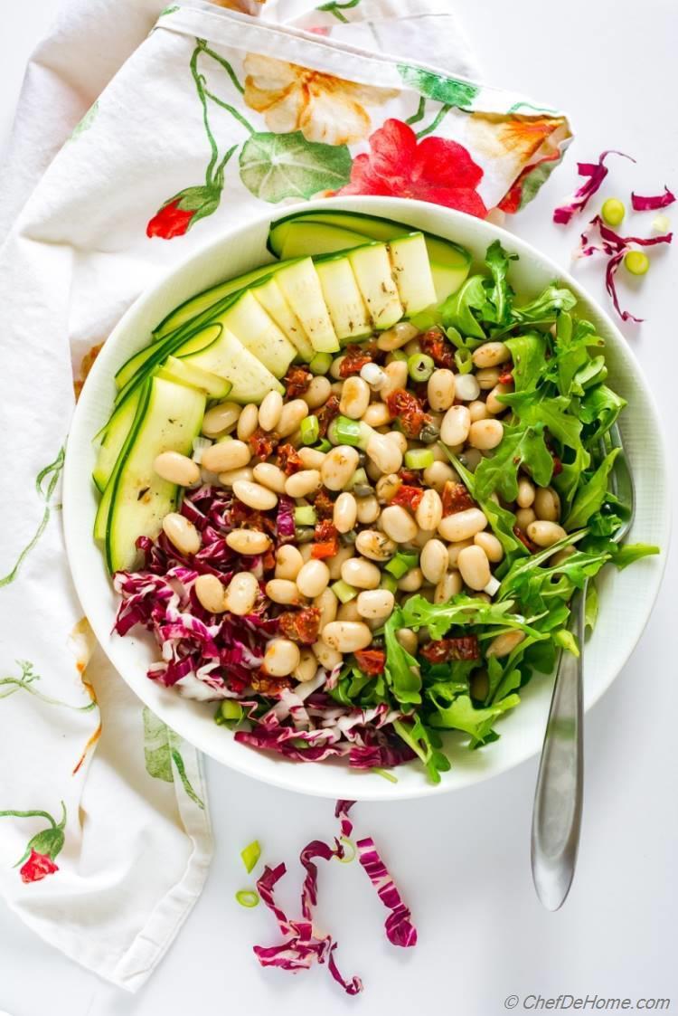 Tuscan White Bean Salad with Arugula