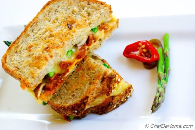 Veggie Grilled Cheese Sandwich Loaded with Veggies!