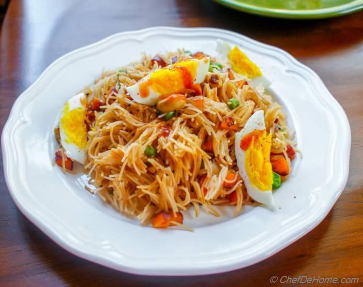 Spicy Vegetable Vermicelli Upma | chefdehome.com